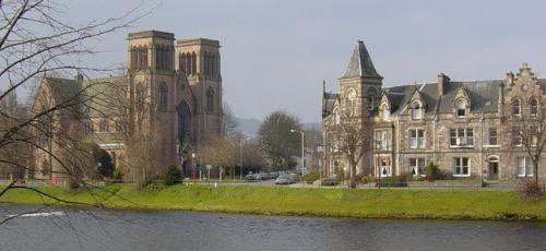 Catedral de Inverness0